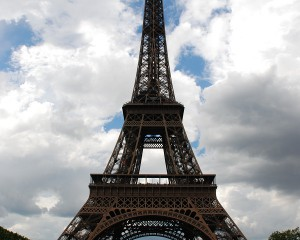 Eiffel_Tower_Vertical